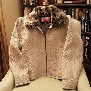 Gorgeous Faux fur trimmed quilted apres ski Jacket